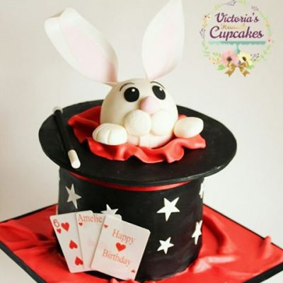 bunny in the hat cake